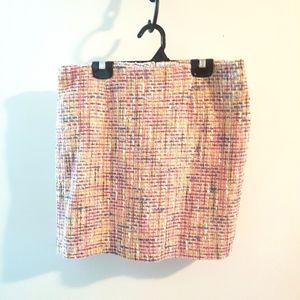 🆕️ Le Chateau pink tweed skirt